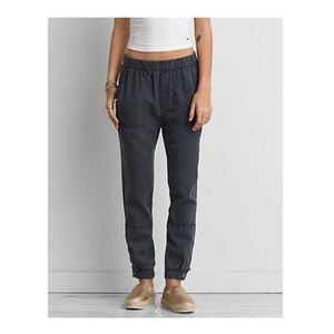 AE Tapered Utility Joggers